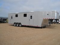 Custom wireline trailer with offices